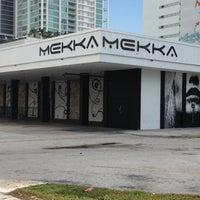 รูปภาพถ่ายที่ Mekka Nightclub โดย Mitch N. เมื่อ 10/20/2012