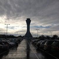 Das Foto wurde bei Edinburgh Airport (EDI) von Shailesh am 10/20/2012 aufgenommen