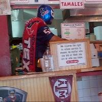 Foto tirada no(a) Laredo Taqueria por Omar G. em 10/31/2012