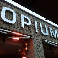 Photo prise au Opium par Hartmann le2/17/2013