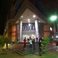 Foto tomada en C.C. Tolon Fashion Mall por Oliver R. el 11/4/2012