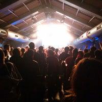 Foto tirada no(a) Beursschouwburg por Kash C. em 3/28/2014