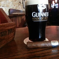 Das Foto wurde bei BD Riley's Irish Pub von Chris A. am 5/16/2013 aufgenommen