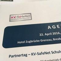 Das Foto wurde bei Hotel Zugbrücke Grenzau von Axel F am 4/22/2016 aufgenommen
