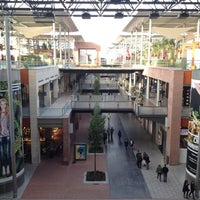 emprender Mula camarera  C.C. La Maquinista - Shopping Mall in Barcelona
