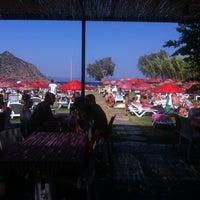Foto scattata a İncir Beach da Sevnur il 7/21/2013
