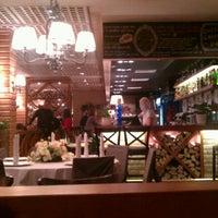 Снимок сделан в Trattoria Chili Pizza пользователем Элина С. 11/17/2012