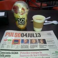 Das Foto wurde bei La Esquina Café von Rodrigo A. am 7/4/2013 aufgenommen