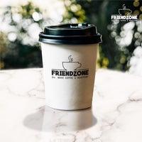Foto scattata a Friendzone Cafe 3rd Wave Coffee & Roastery da Serkan il 6/15/2021