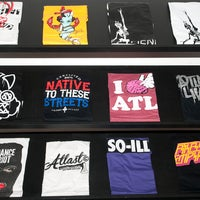 Photo prise au Atlast Clothing par Creative Loafing Atlanta le9/19/2013