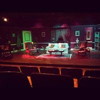 Foto tomada en Clear Creek Country Theatre por Jenna M. el 10/28/2012