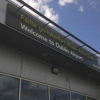 Das Foto wurde bei Flughafen Dublin (DUB) von Fernanda N. am 8/10/2013 aufgenommen