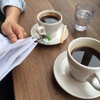 5/18/2015にCarol L.がToby's Estate Coffeeで撮った写真