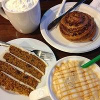 4/22/2013 tarihinde Анна🚴Кziyaretçi tarafından Starbucks'de çekilen fotoğraf