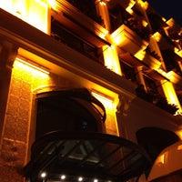 Das Foto wurde bei Dosso Dossi Hotels Old City von Apo S. am 12/12/2013 aufgenommen