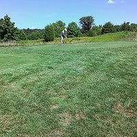 Foto diambil di Bristow Manor Golf Club oleh Alex L. pada 8/15/2013