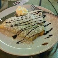 Das Foto wurde bei Coffy Café von Julian J. am 11/15/2012 aufgenommen