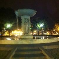 Снимок сделан в Dupont Circle пользователем Julian J. 10/2/2012