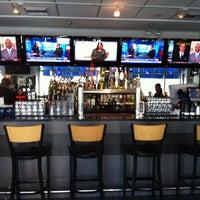 Photo prise au Riverwalk Bar & Grill par Jay E. le1/29/2013