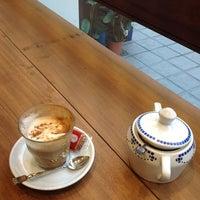 Снимок сделан в Parlor Coffee Roasters пользователем Dennis 11/13/2012