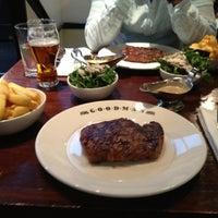 Снимок сделан в Goodman Steakhouse пользователем Andreas 6/21/2013