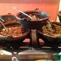 9/27/2013 tarihinde Lau D.ziyaretçi tarafından Tacos la glorieta'de çekilen fotoğraf