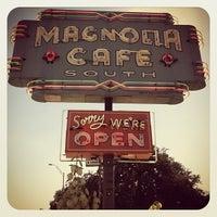 """11/2/2012にDerek """"d☊rewreck"""" SchaeferがMagnolia Cafe Southで撮った写真"""