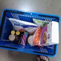 Снимок сделан в Walmart Supercenter пользователем Dana M. 4/9/2013