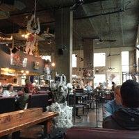 Foto diambil di Subeez Cafe Restaurant Bar oleh Allen W. pada 11/4/2012