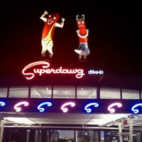 Photo prise au Superdawg Drive-In par Eric V. le10/20/2012