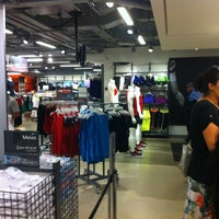 d080588566 Nike Factory Store - República - Shopping Light