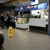 Снимок сделан в McDonald's пользователем Brent K. 5/10/2014