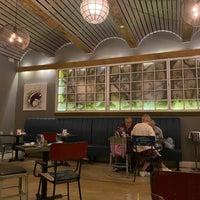 Das Foto wurde bei Bocca Restaurant von Sarah am 5/5/2021 aufgenommen