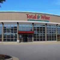 Photo prise au Total Wine & More par Total Wine le4/7/2016