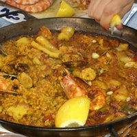 Das Foto wurde bei Restaurante Salamanca von Juli G. am 5/11/2013 aufgenommen