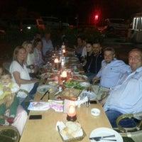 Foto tirada no(a) Muzom Restoran por Bülent Ö. em 5/8/2013
