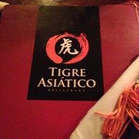 5/5/2013 tarihinde Brunoziyaretçi tarafından Restaurante Tigre Asiático'de çekilen fotoğraf