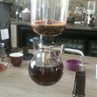 Foto scattata a Coftale Specialty Coffee House da Cristina V. il 6/23/2013