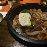 Foto tirada no(a) 고려삼계탕 Korean Ginseng Chicken Soup & Bibimbap por Anson C. em 6/20/2017