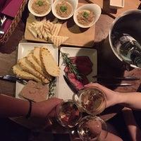 Foto diambil di Ruby Wine Bar oleh Ekaterina G. pada 1/3/2016