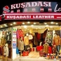 Foto tirada no(a) Kusadasi Leather por Oguzh@n T. em 5/2/2013