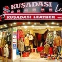 Foto tirada no(a) Kusadasi Leather por Oguzh@n T. em 2/21/2013