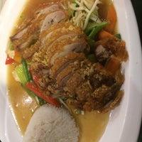Das Foto wurde bei Asia Cuisine & Sushi Bar von Mega C. am 11/15/2017 aufgenommen
