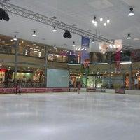 Das Foto wurde bei ТРЦ «Караван» / Karavan Mall von Karina Т. am 7/15/2013 aufgenommen