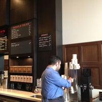 Снимок сделан в Stumptown Coffee Roasters пользователем Laurie O. 5/9/2013