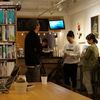 Foto scattata a MAKERS COFFEE da bissy b. il 4/17/2015