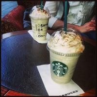 5/5/2013 tarihinde Gözde Y.ziyaretçi tarafından Starbucks'de çekilen fotoğraf