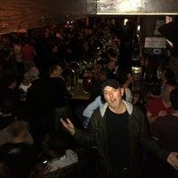 11/17/2012 tarihinde Todd T.ziyaretçi tarafından JR's Bar & Grill'de çekilen fotoğraf