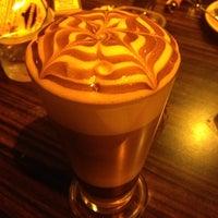 Снимок сделан в Best Coffee House пользователем Bahar M. 10/13/2012