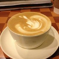 Foto scattata a Starbucks da Erdinç E. il 1/21/2013